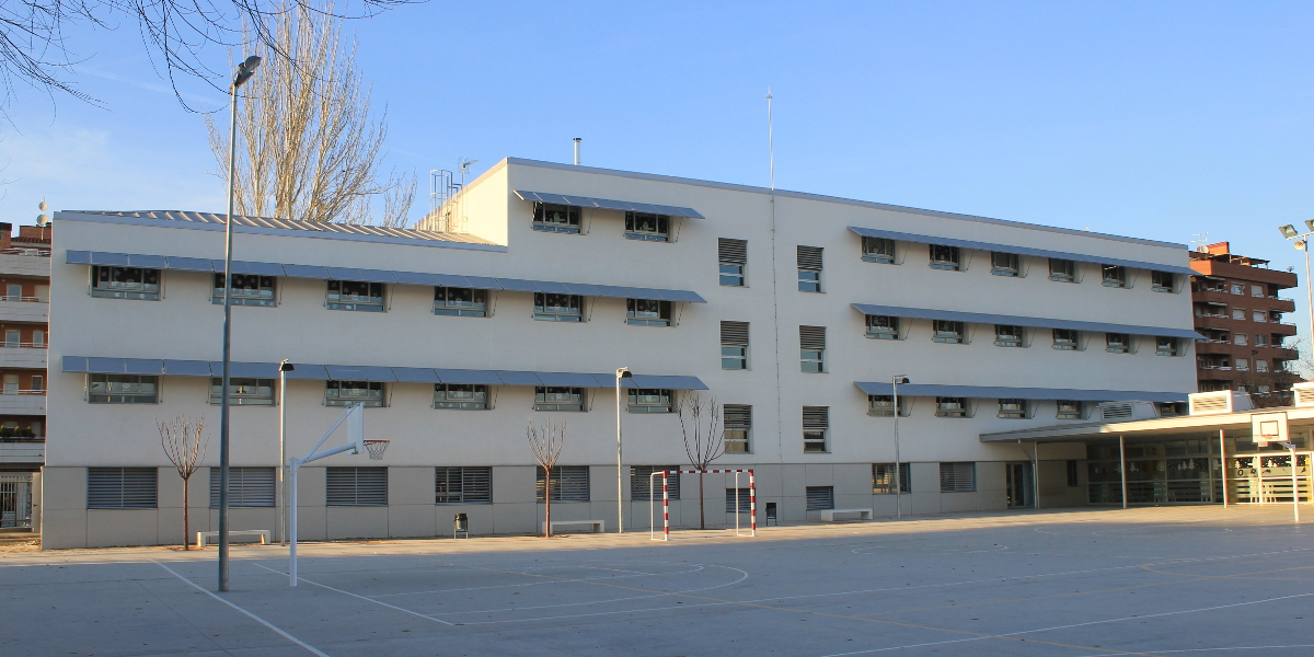 1811 CEIP Riu Segre-Lleida-Arno-fachada trasera