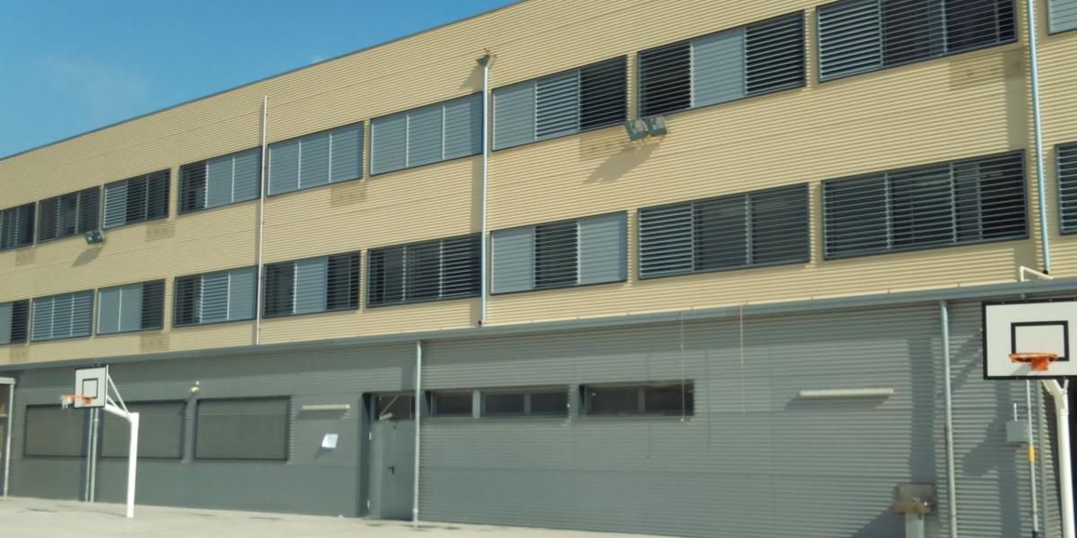 2269 Escola Riera Alta-Santa Coloma de Gramenet-Arno-patio