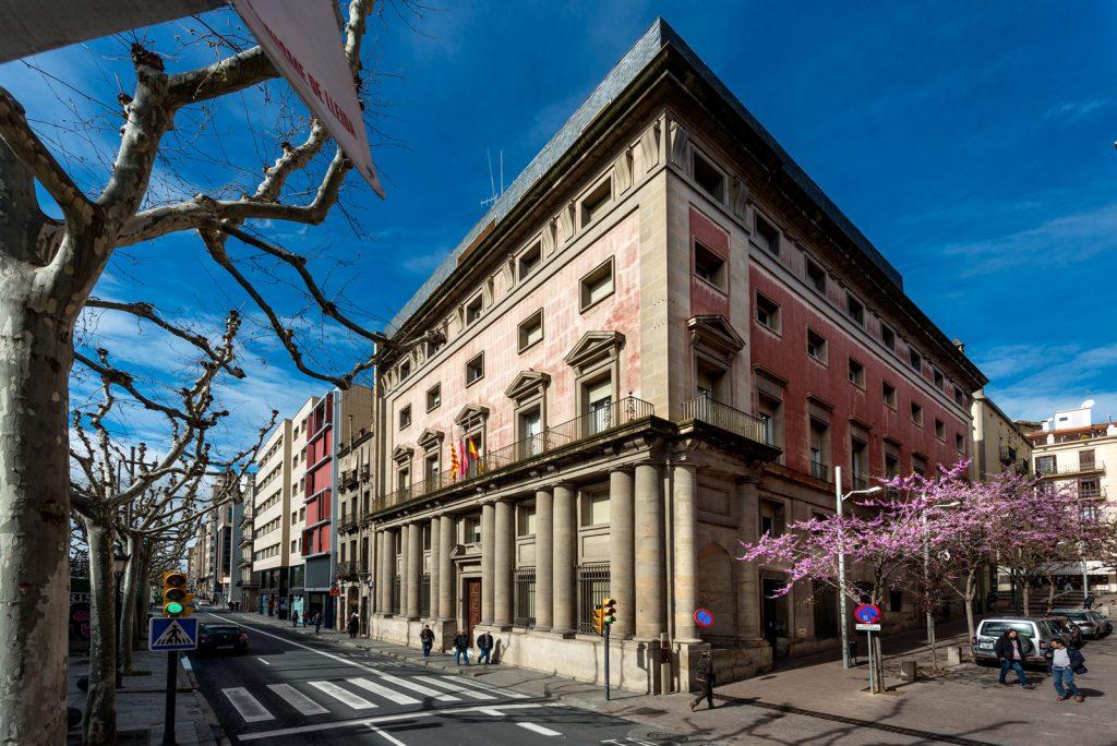Antigua Audiencia. Esquina rambla de Ferrán - Calle de la Audiencia.    Foto: Jordi V. Pou (2015) © Museu d'Art Jaume Morera.