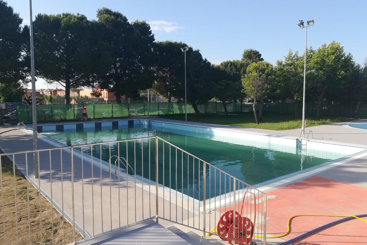 accesos exterior piscina municipal alpicat arno