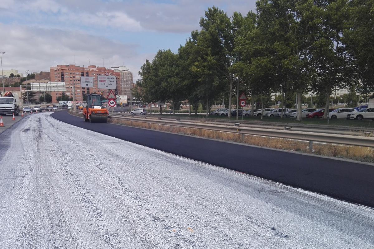 Aplanadora de asfalto. lleida. Arnó