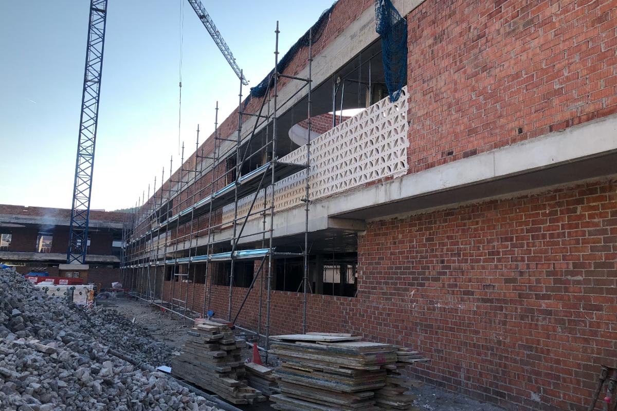construcción del CEIP Palau Ametlla-benito arno