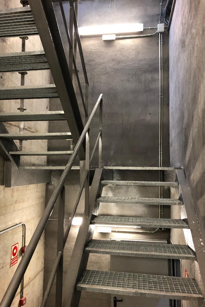 escales interior estacions sabadell-Arno