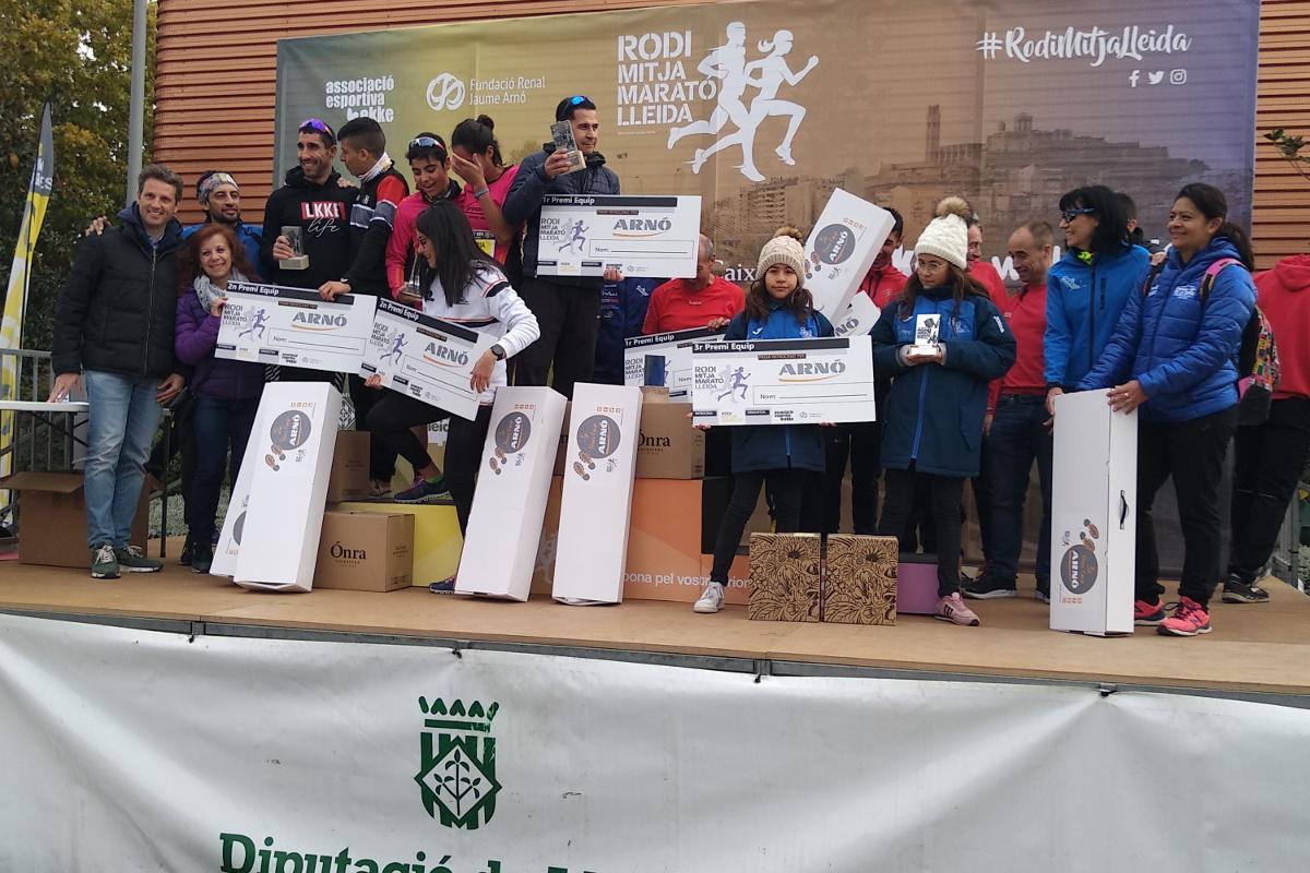 Lliurament premi clubs mitja marato lleida 2019-arno