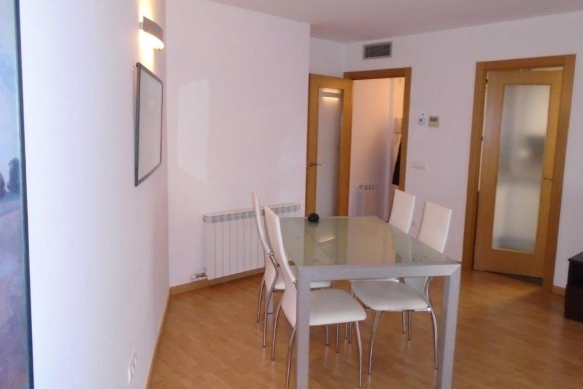 apartament lloguer-2habitacions-c palau 3-lleida-sala 3-680780075